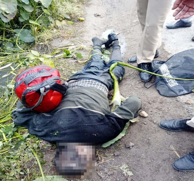 deadbody of asi deployed in delhi police found under suspicious circumstances