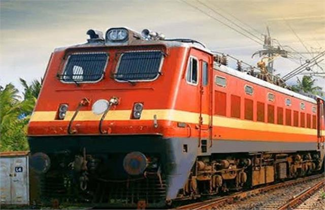 gorakhpur 4 special trains canceled due to peasant movement in punjab