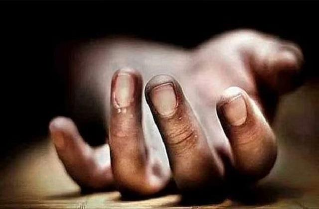 18 year old youth dies due to electric current in saran