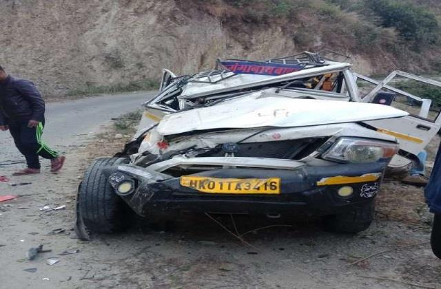 four people killed 11 injured in two road accidents in almora