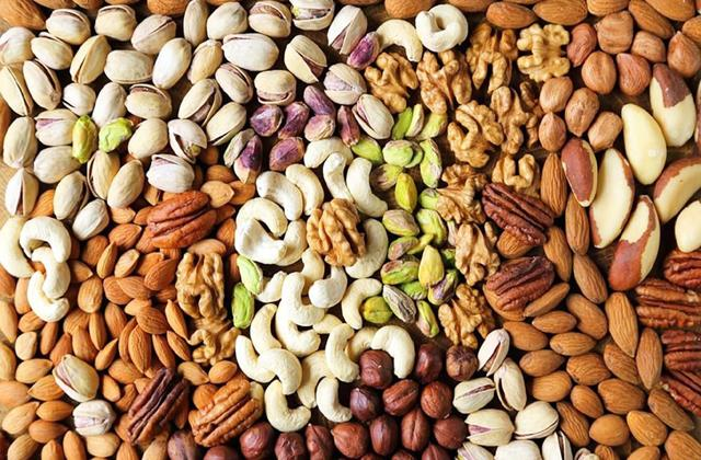 cashew almonds became cheaper from diwali check new rates quickly