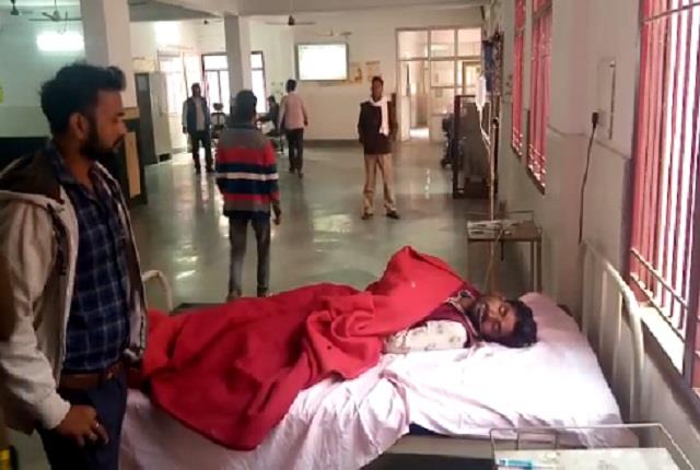 farmers injured in two sides over paddy weights in barabanki