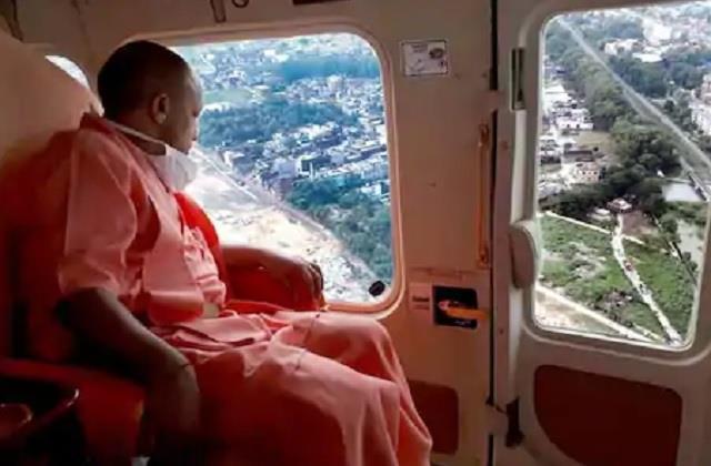 dev deepawali cm yogi reached kashi in view of pm modi s arrival