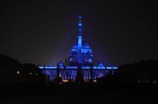 monuments will be decorated with blue lights on world children s day