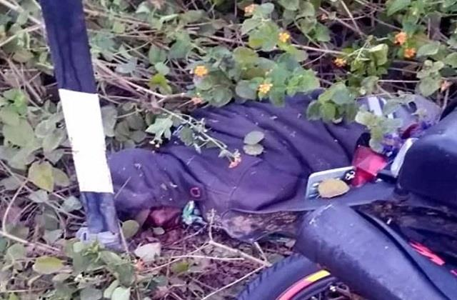 uncontrolled bike collides with a pillar youth dies in road accident