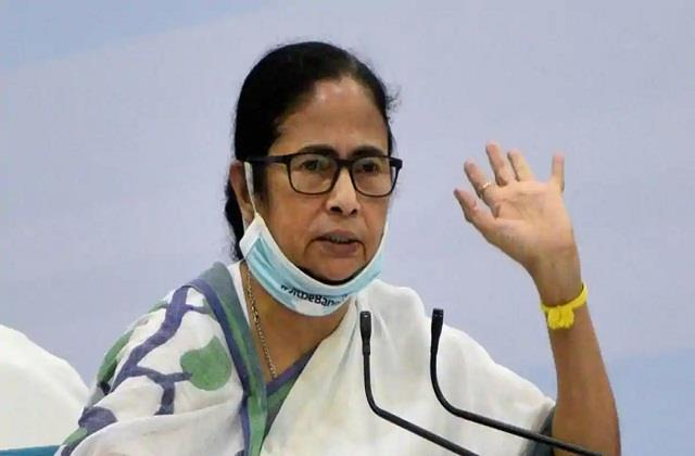 mamta targeted the center said  black marketing  of potato and onion