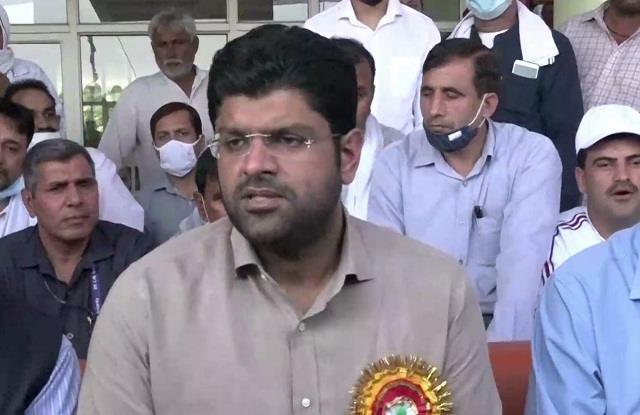 deputy cm dushyant offers to punjab on haryana day