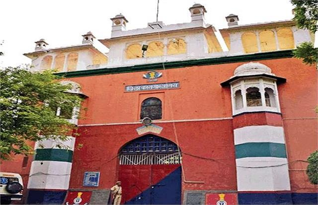 85 out of 114 detainees released on parole from agra jail during corona period