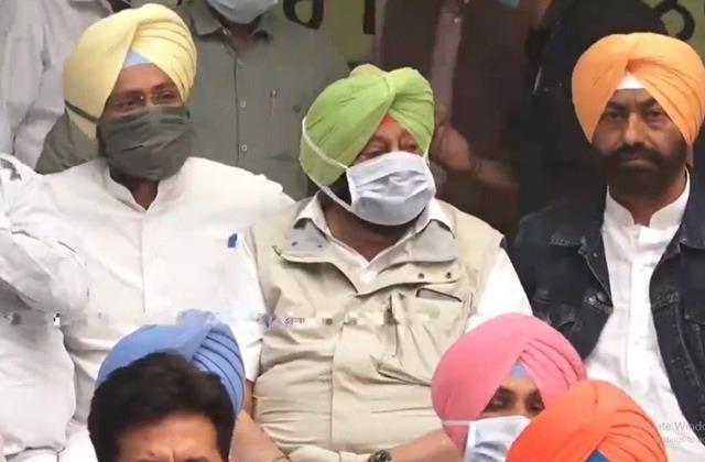 captain amarinder singh at delhi protest