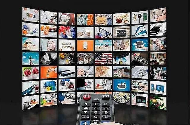 indian tv channels create record highest number of advertisements