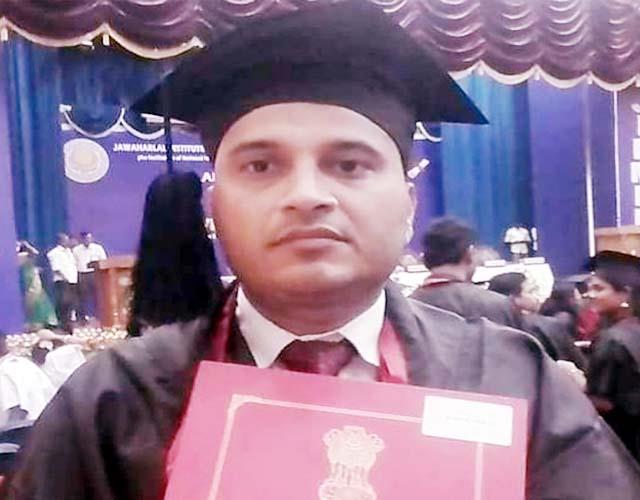 dr rajeev kundlas becomes first emergency medicine physician
