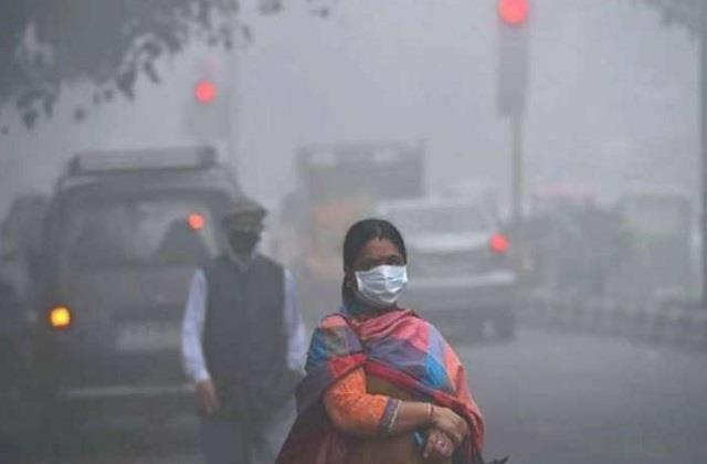 air quality reached critical category in capital delhi