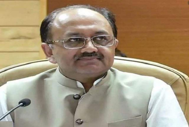 weavers of uttar pradesh will get electricity at flat rate siddharth nath