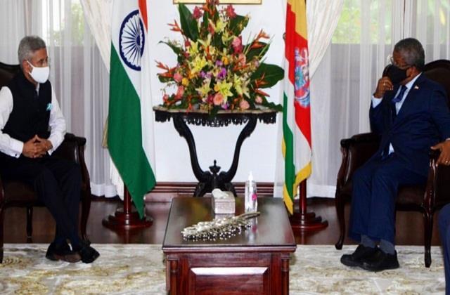 foreign minister s jaishankar arrives in seychelles