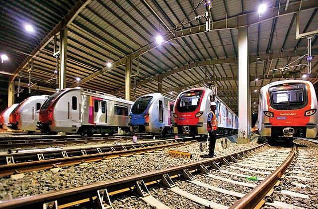 center and maharashtra face to face over mumbai s famous metro carshed