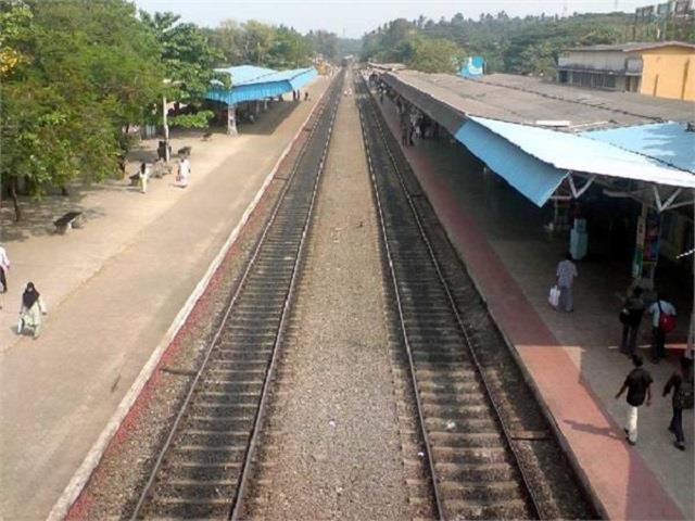 all rail tracks become empty punjab government