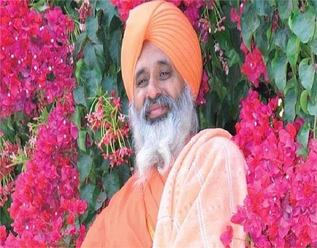 saint seechewal and former players came in favor of farmers