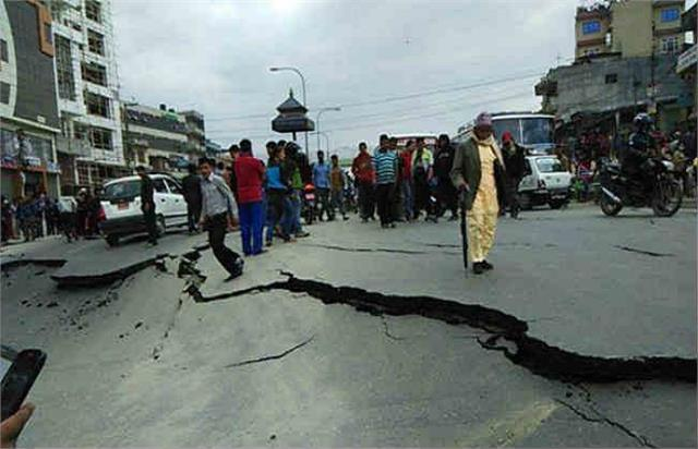 lightning quake in ghaziabad 2 7 on richter scale
