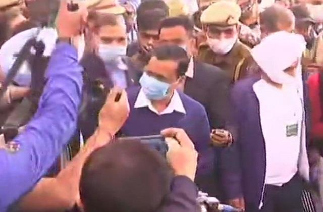 kejriwal will go to singhu border today to meet farmers