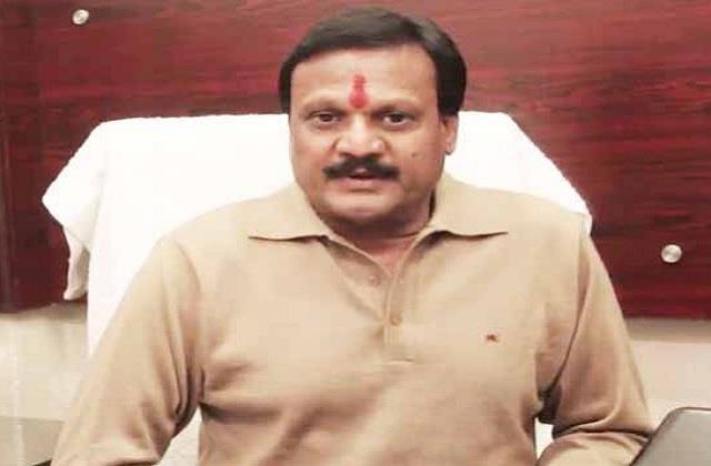 former minister said modi made agricultural laws under pressure