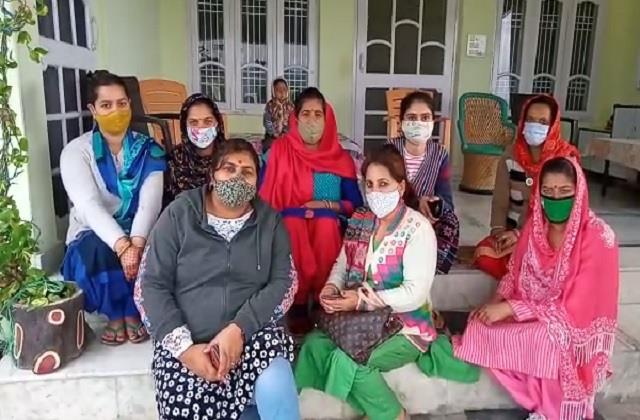 bjp mahila morcha strongly condemned the attack on bjp national president