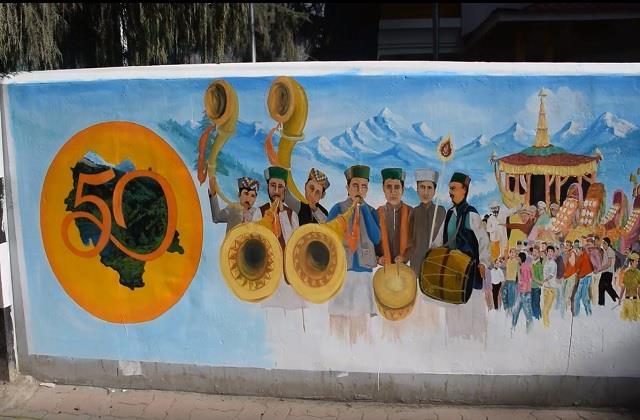 kullu culture will be seen on dc office wall