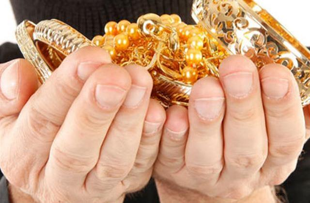gold and silver jewelry stolen from home family members wedding ceremony