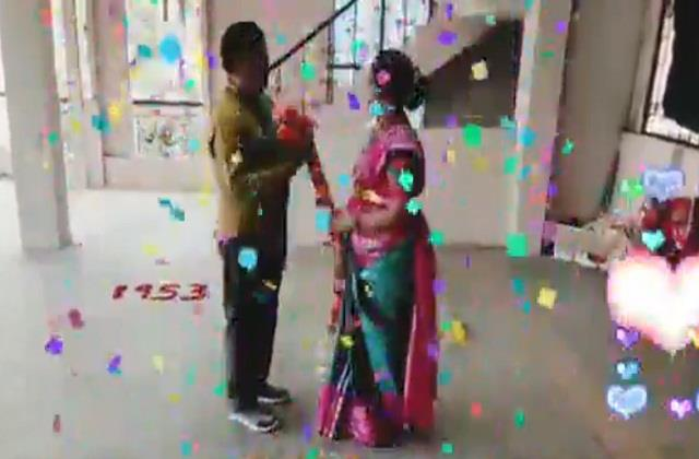 couple celebrated their 44th marriage anniversary in a special way