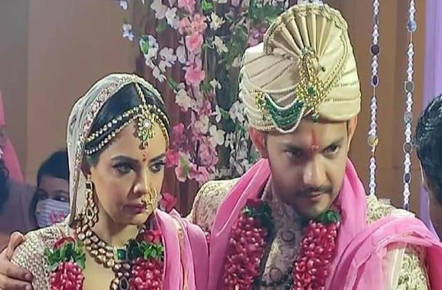 आदित्य ने सुनाया शादी का मजेदार किस्सा, बोले- वरमाला के समय फट गया था पायजामा फिर...
