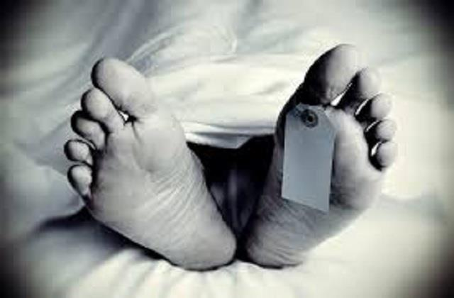 a young man from meerut falls in the river taxi driver found dead in the car