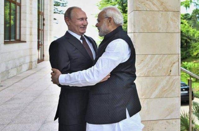 russian president putin congratulated pm modi on new year