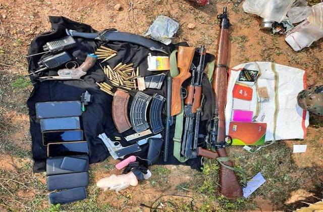 encounter between naxalites and police in palamu arms recovered