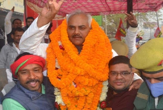 pm parliamentary constituency sp s lal bihari yadav wins