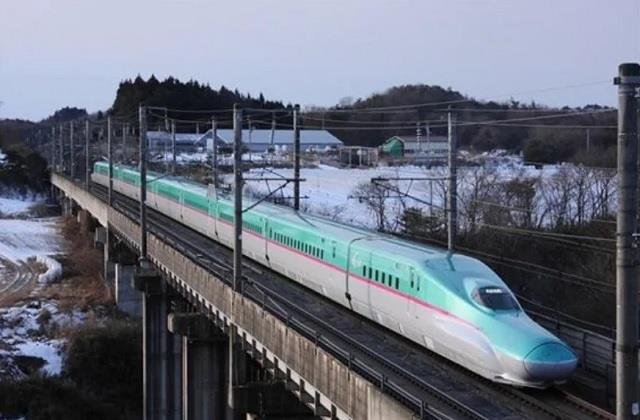 bullet train will be seen between mumbai ahmedabad