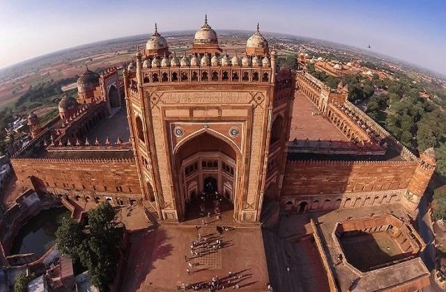 उत्तरप्रदेश घूमने में बेस्ट रहेगी ये जगह, भारत की संस्कृति की भी मिलेगी झलक
