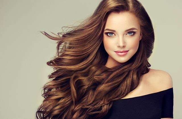 बालों की ग्रोथ तेजी से बढ़ाएंगे ये 7 सूपर फूड्स, आज से ही करें डाइट में शामिल