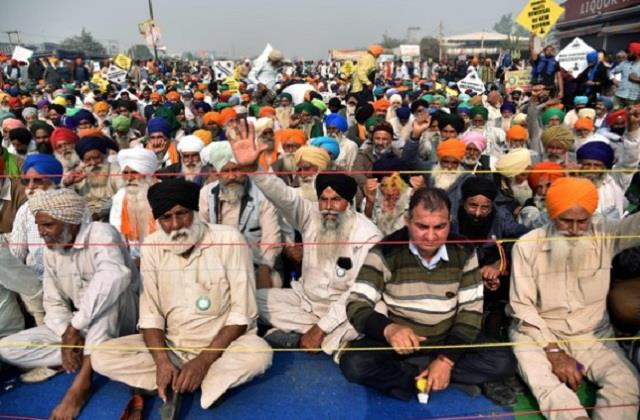 muslim party running a 24 hour anchor for protesting farmers on singhu border