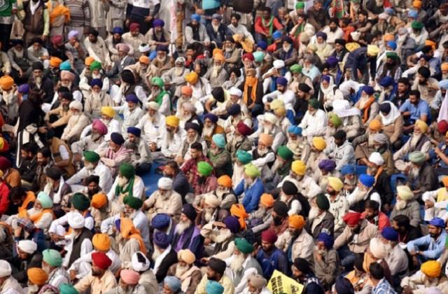 in a meeting with the government the farmers who were on silent fast