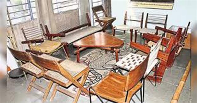 heritage furniture auction