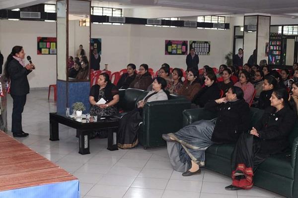 induction program organized with parents in innokids school
