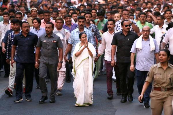 protests against caa from delhi to kolkata