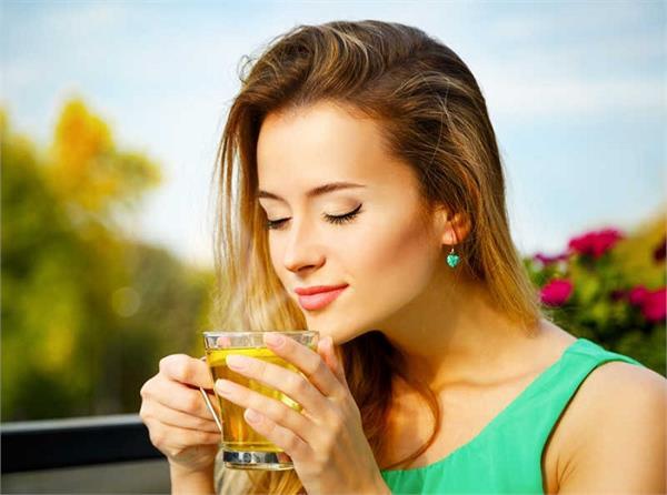 कैंसर से बचाएगी नीली चाय, बीमारियां कोसों दूर रखेंगी ये 10 हर्बल टी