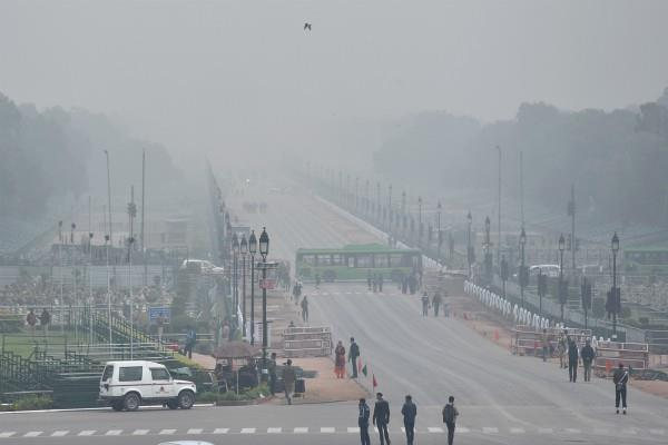 cold wave continues in north india rain likely in delhi on january 21
