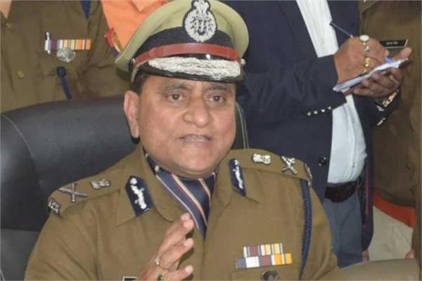 up policemen must declare movable immovable property compulsorily