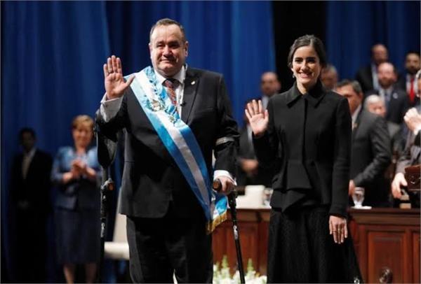 guatemala swears in alejandro giammattei as president