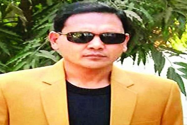 mp official demands pm modi apply nrc against corrupt officials