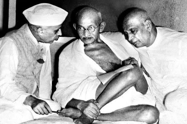 history of the today nathuram godse mahatma gandhi adolf hitler