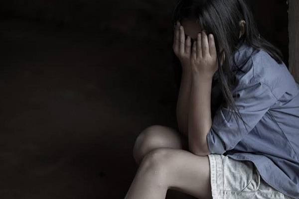 ballia three youth gang raped with a minor girl