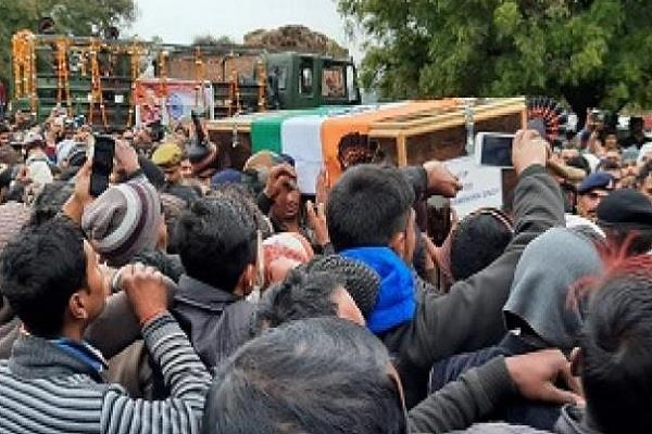 martyr s body reached ancestral village in avalanche