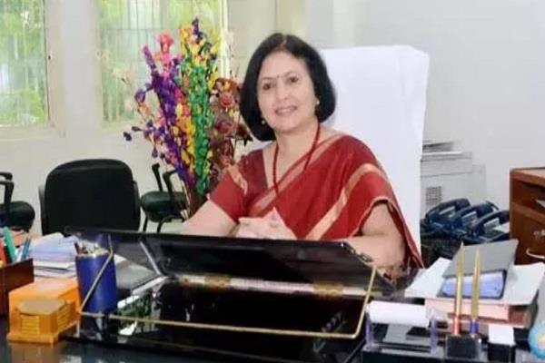jeevaji university s vice chancellor sangeeta shukla s name plate video viral